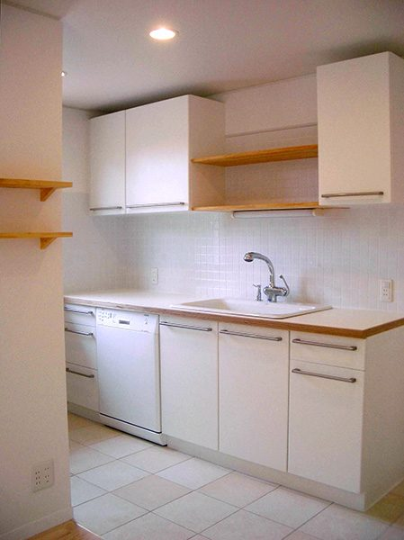 白いキッチン...