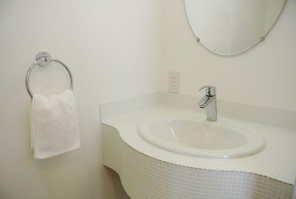 アールがお好き! 手洗いカウンター...