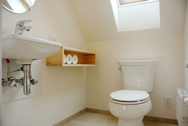 2階トイレは憧れのデザイン重視で...
